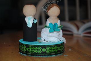 DIY Wood Wedding Cake Topper